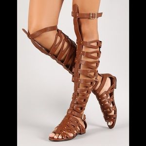 Breckelles gladiator brown sandals 6.5 strappy